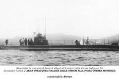 Sommergibile-Atropo-navigazione-Spezia